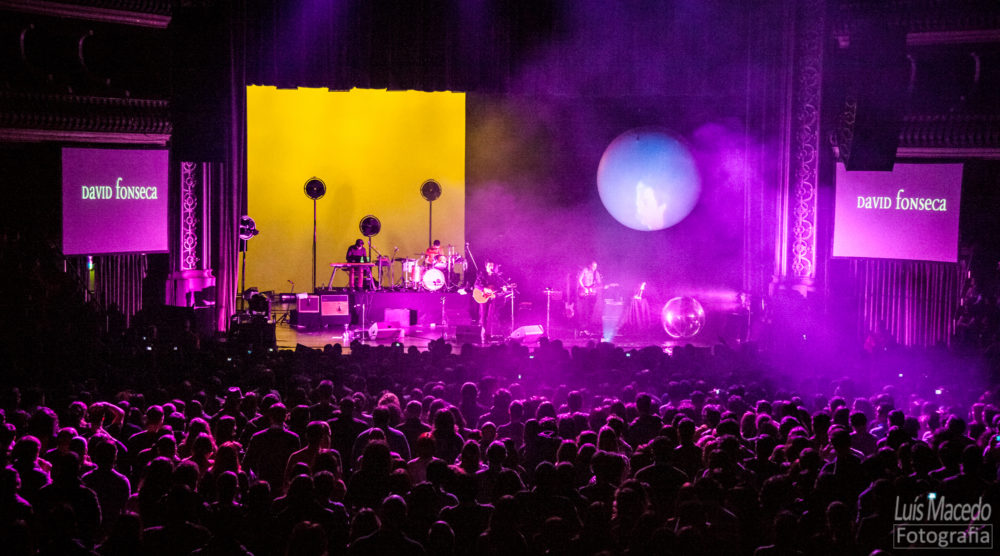 Fotografia concerto david fonseca Lisboa portugal banda coliseu seasons falling fotografo evento