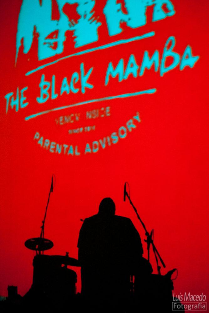 Black Mamba Olga Cadaval Dirty Little Brother Concerto Reportagem fotografia musica