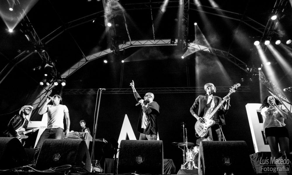 Reportagem Concerto HMB Festival Sol Caparica musica soul