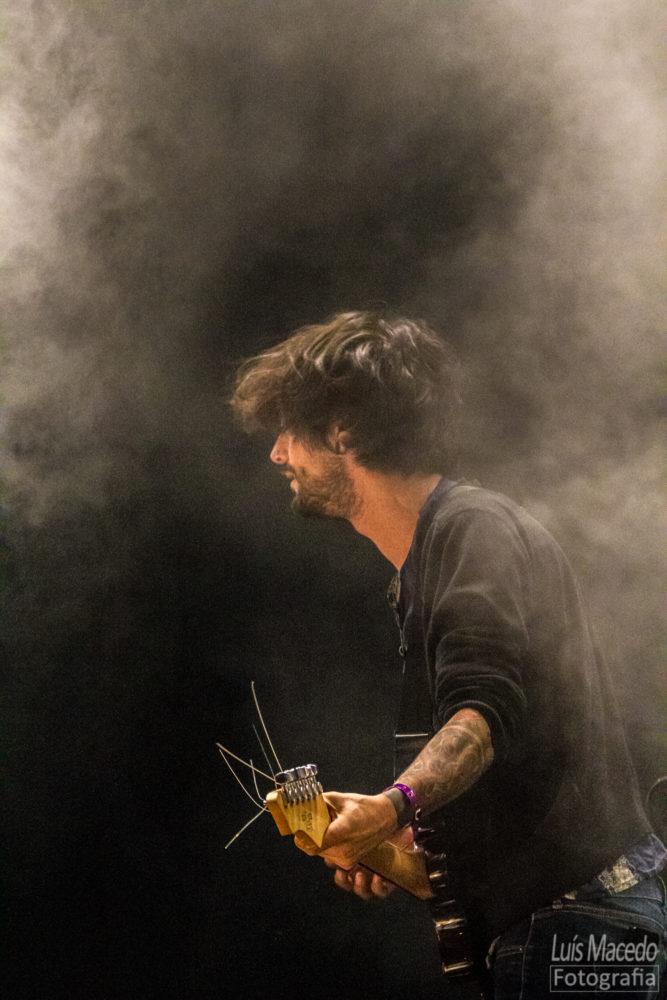 reportagem concerto rock paus festival caparica musica fotografia