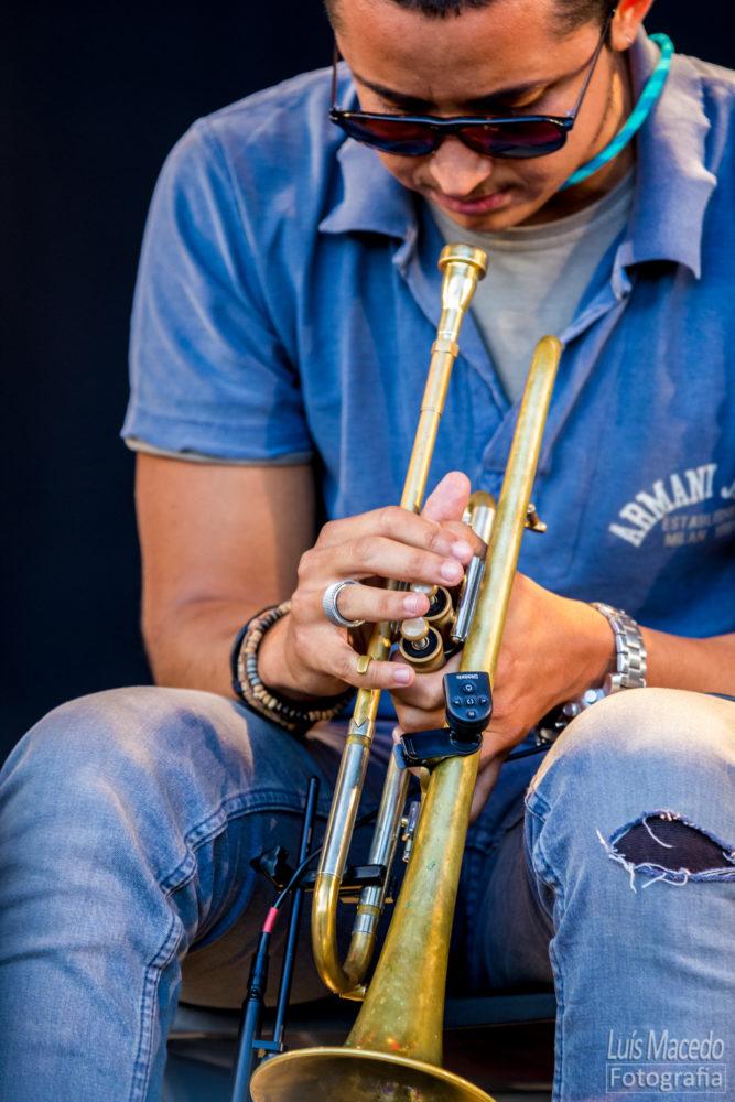 festival concerto sol caparica musica trompete gileno santana