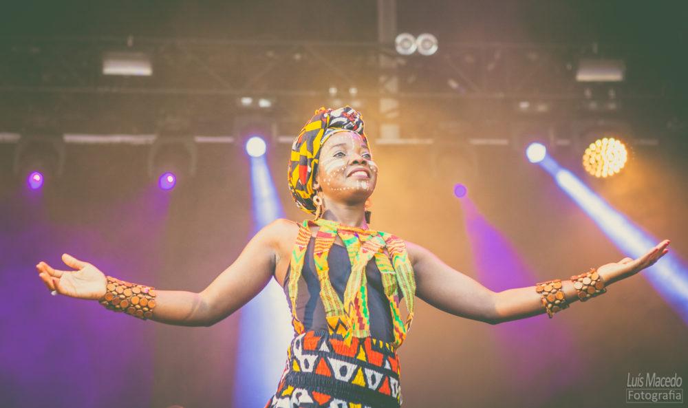 reportagem fotografia festival sol caparica 2017 musica fotografo concerto bonga