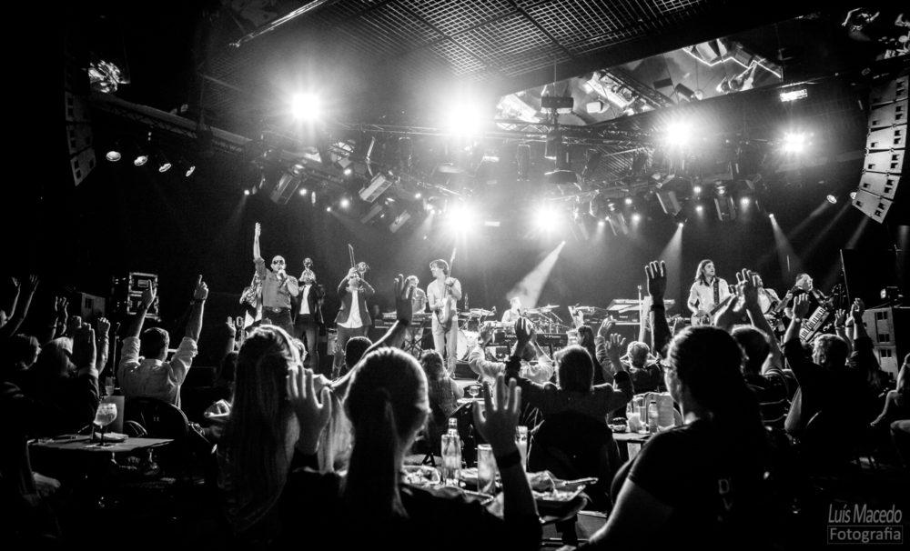 comite caviar pedro abrunhosa casino fotografia musica concerto funk