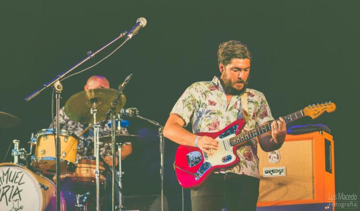 solo guitar uria festival sol caparica musica fotografia concerto carga ombro