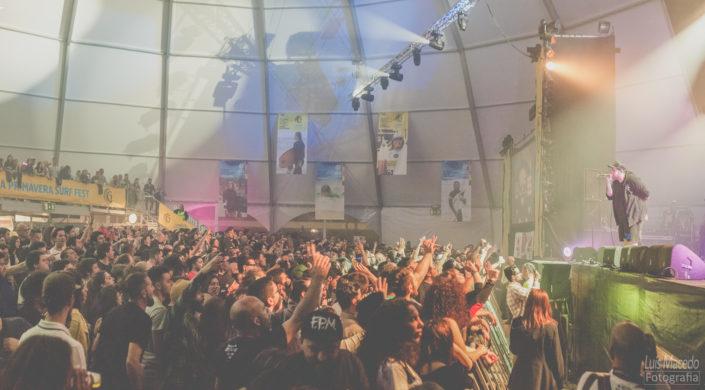 primavera surf fest concerto musica portuguesa fotografia reportagem espetaculo caparica
